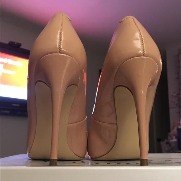 56c11809452 Steve Madden Shoes | Likenew Daisie Nude Patent Sz 6 | Poshmark
